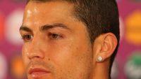 Ünlü Futbolcu Ronaldo'nun Saç Kesimi Modelleri