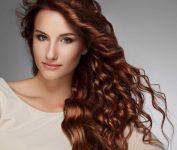 Dalgalı Kızıl Saç Modelleri