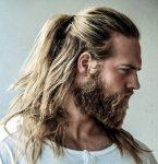 Erkekler İçin Arkadan Bağlı Uzun Saç