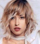 Işıltılı Shag Orta Bob Kahküllü Saç Modelleri