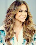 Jennifer Lopez Dalgalı Saç Modelleri