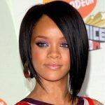 Rihanna Asimetrik Saç Modeli