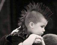 Küçük Çocuklar İçin İlginç Saç Modelleri