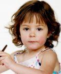 Küçük Kızlar İçin Kahküllü Saç Modeli