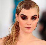 Kadınlar İçin Islak Saç Modeli