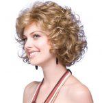 Kadınlari Zayıf Gösteren Dalgalı Saç Modelleri