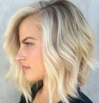 Sevimli orta boy saç stilleri