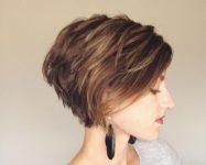 Arkası Kısa Önü Uzun Kısa Saç Modelleri